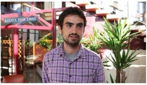 """Le pseudo-journaliste J. Moadab d'origine iranienne travaillant pour l'organisation anti-juive """"Agence info libre"""" et l'officine de propagande russe """"RT"""""""